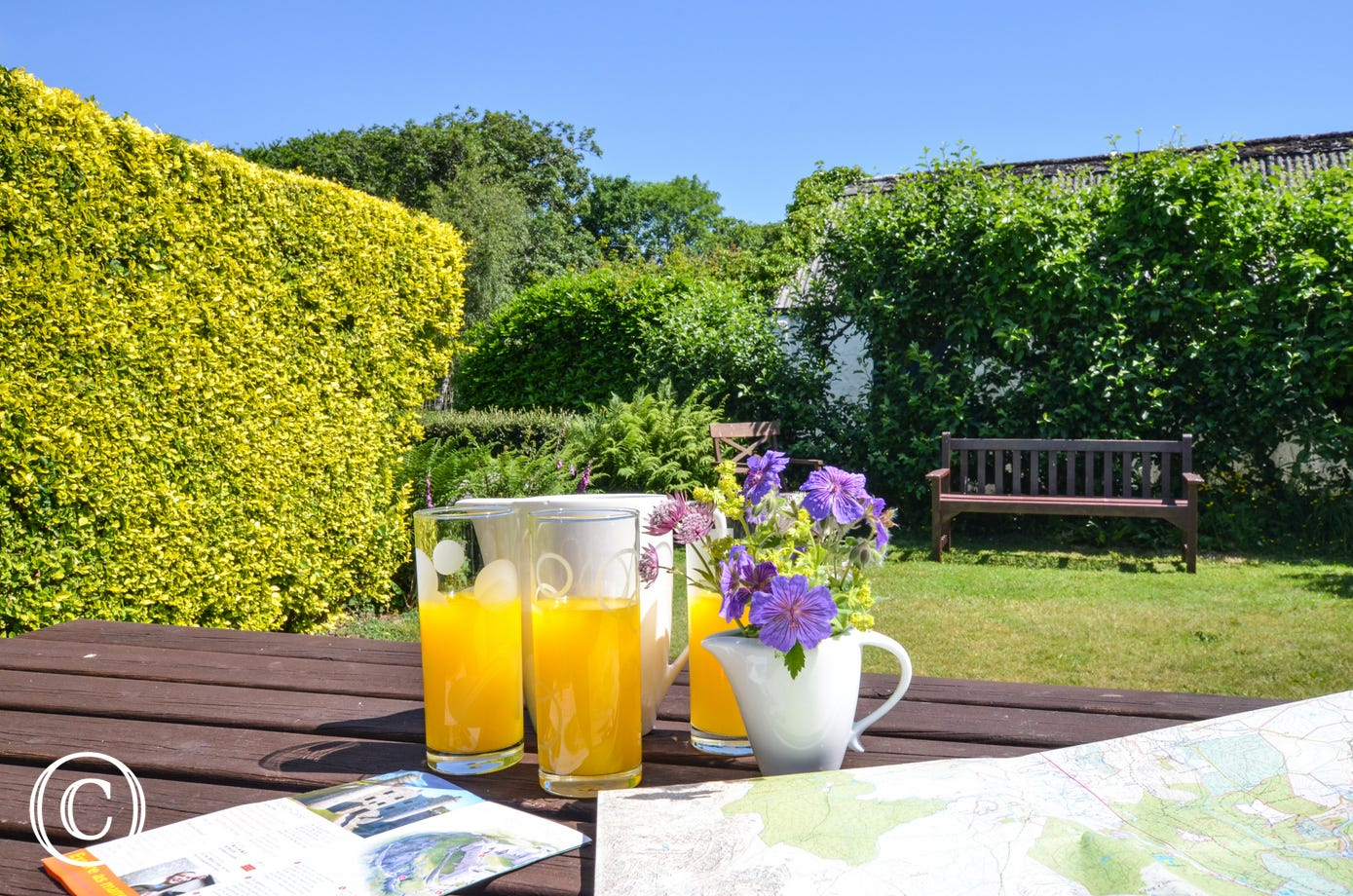Enjoy eating al fresco in this sunny garden