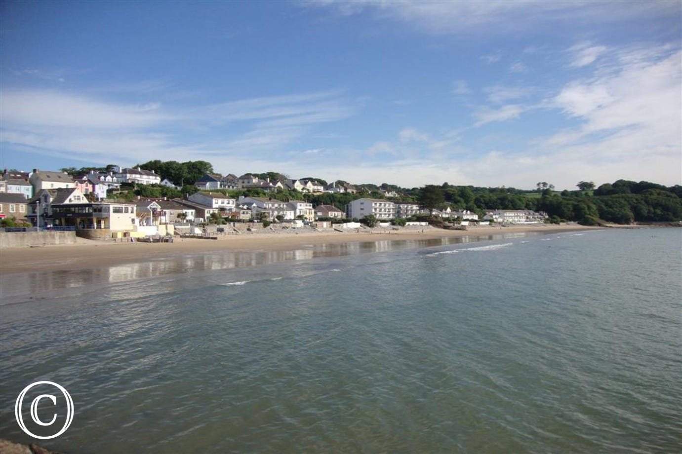 Nearby Saundersfoot is a stunning coastal location with great beaches, harbour and shops.