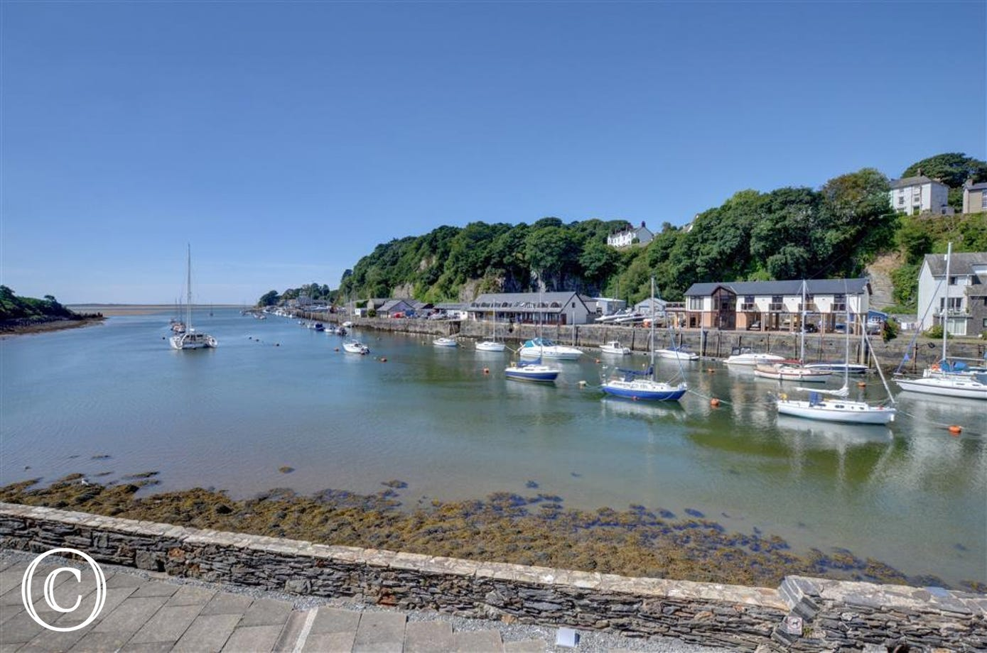 50 south Snowdon Wharf looks out over the marina at Porthmadog and is within easy reach of all the town's facilities