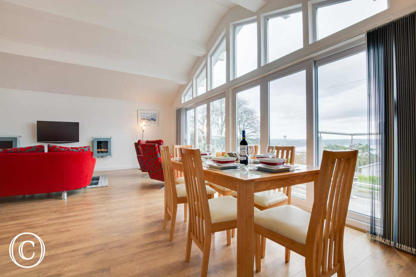 Bungalow in Saundersfoot for 5. Dining area