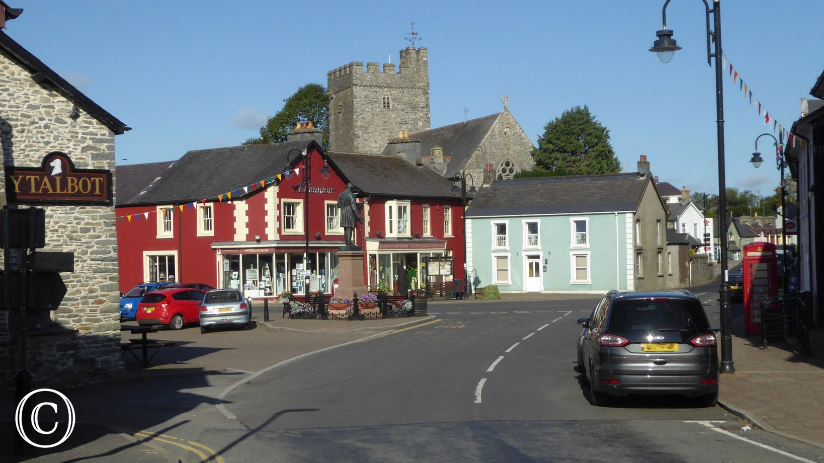 Tregaron market town is just 1 mile