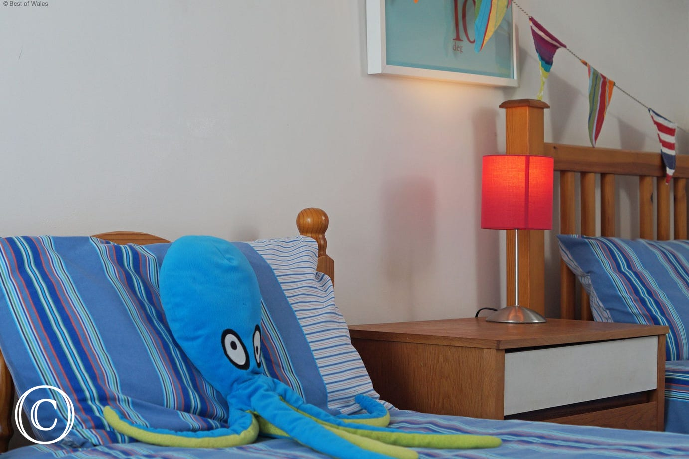 Child friendly self catering - 3 single beds on the second floor