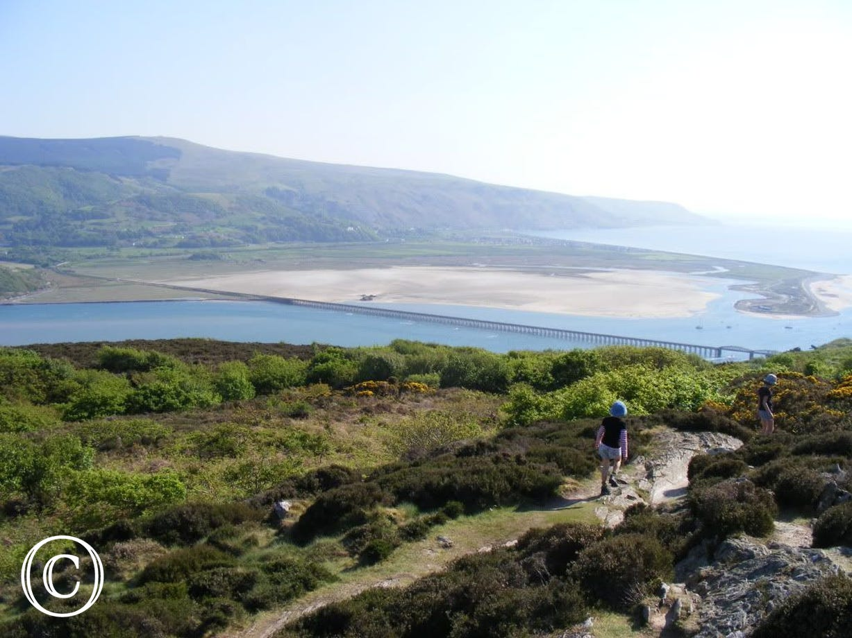 The wonderful views along the Panorama Walk above Barmouth