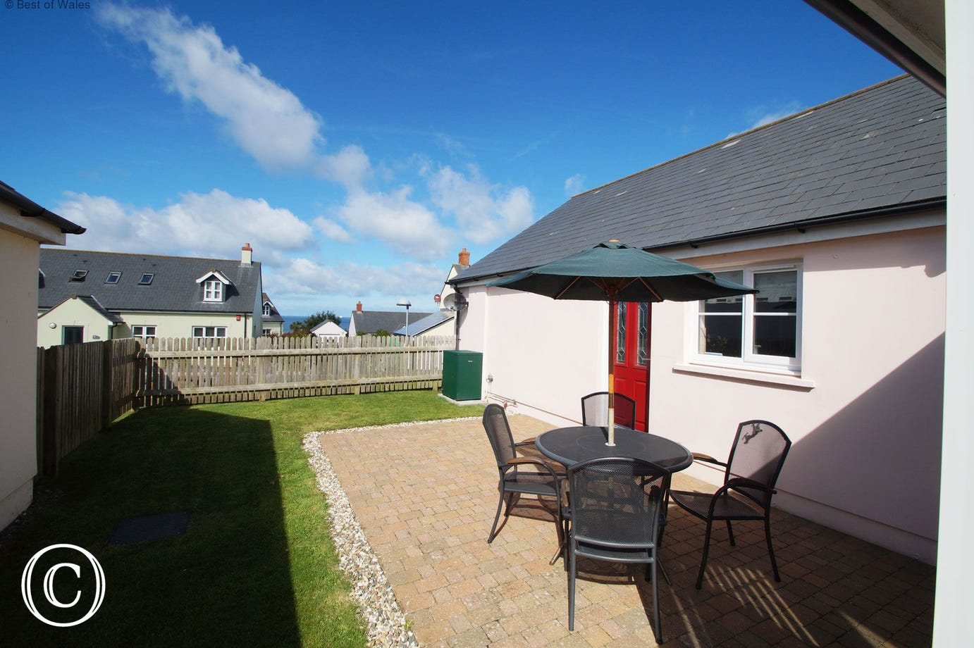 Self catering 5 star cottage in Broad Haven with sea views