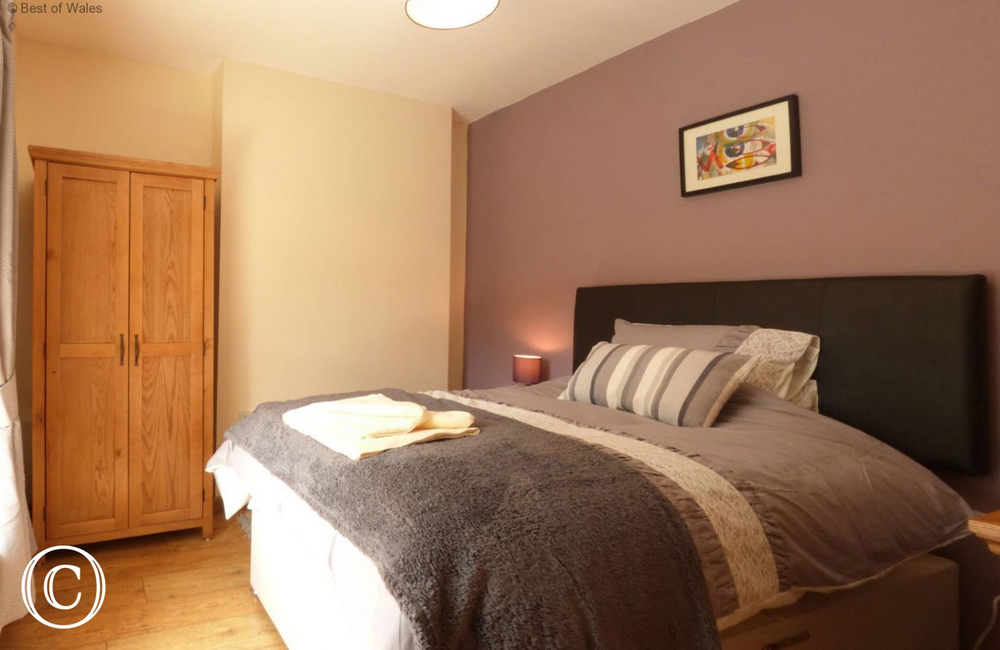 Bedroom 3 - Small double bed (4ft) for single occupancy.