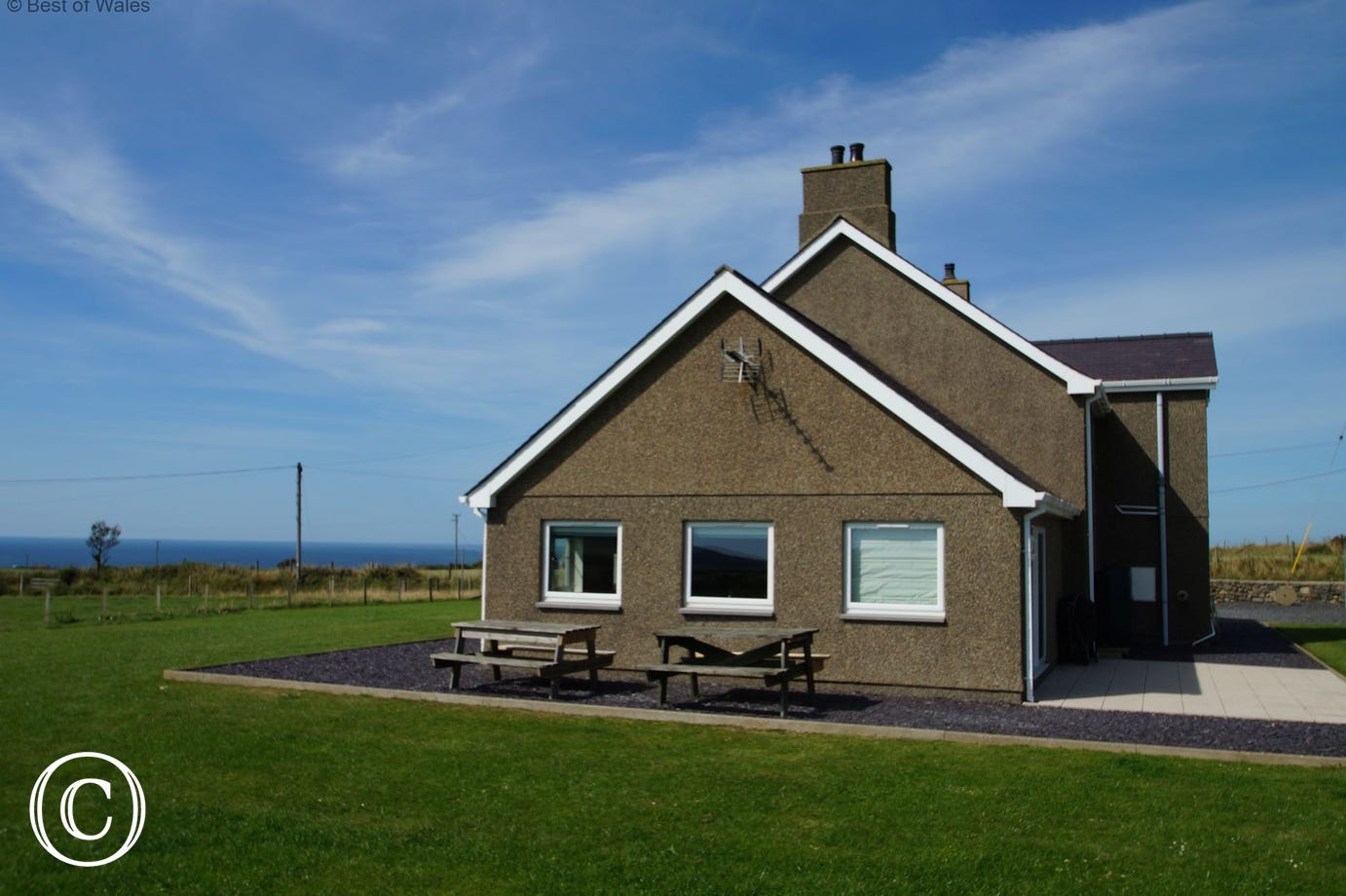 Holiday accommodation with sea views and miles of beautiful coutryside