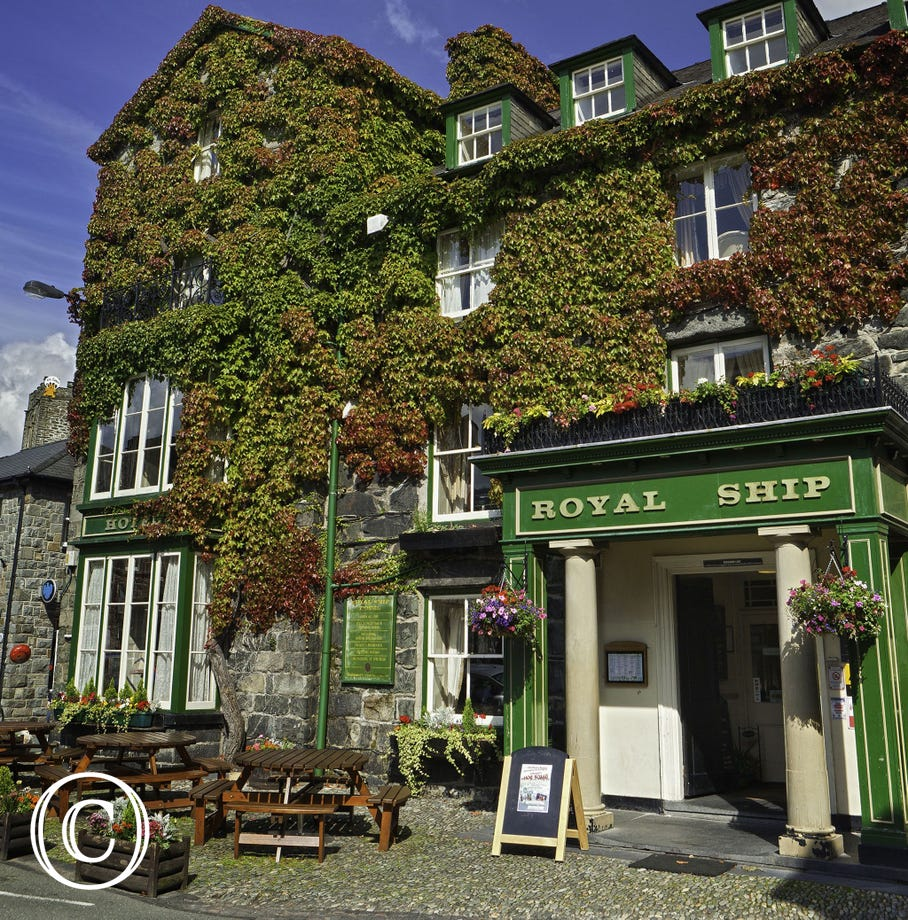 Royal Ship in Dolgellau town centre is one of many good eating establishments on your doorstep