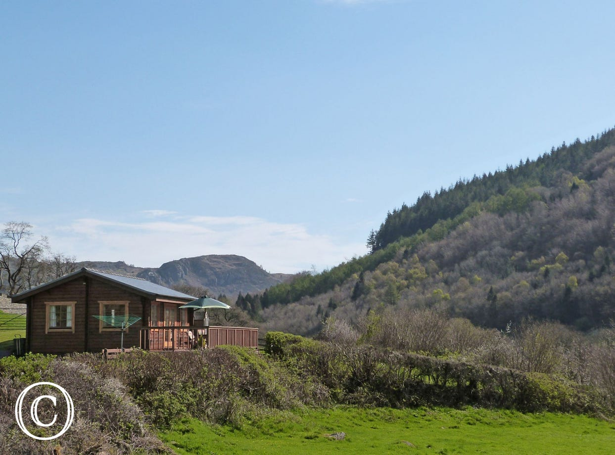 Snowdonia log cabin with a view, just 2 miles from Betws y Coed