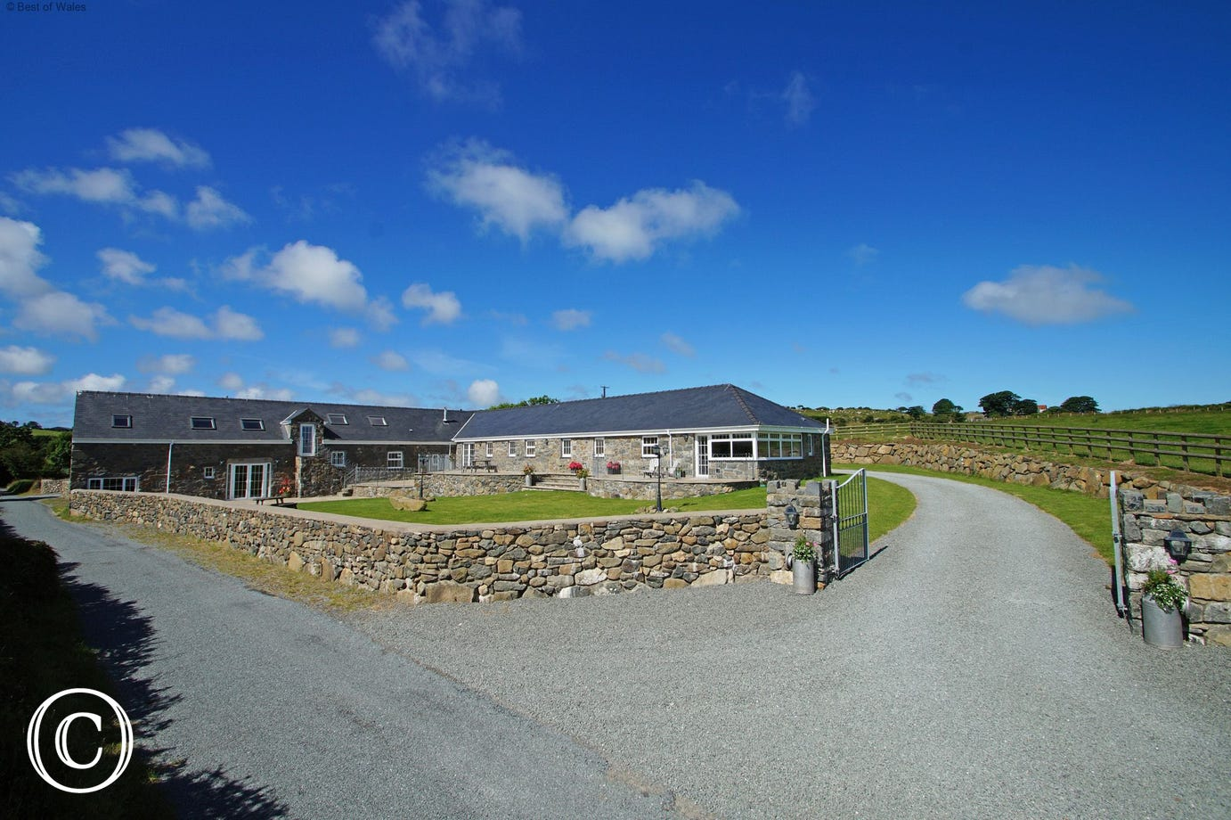 Spectacular, large North Wales cottages to rent on the Llyn Peninsula