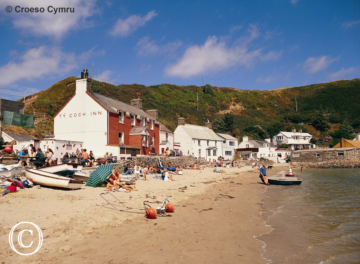Voted 3rd best beach pub in the world - Ty Coch Inn on Porthdinllaen beach