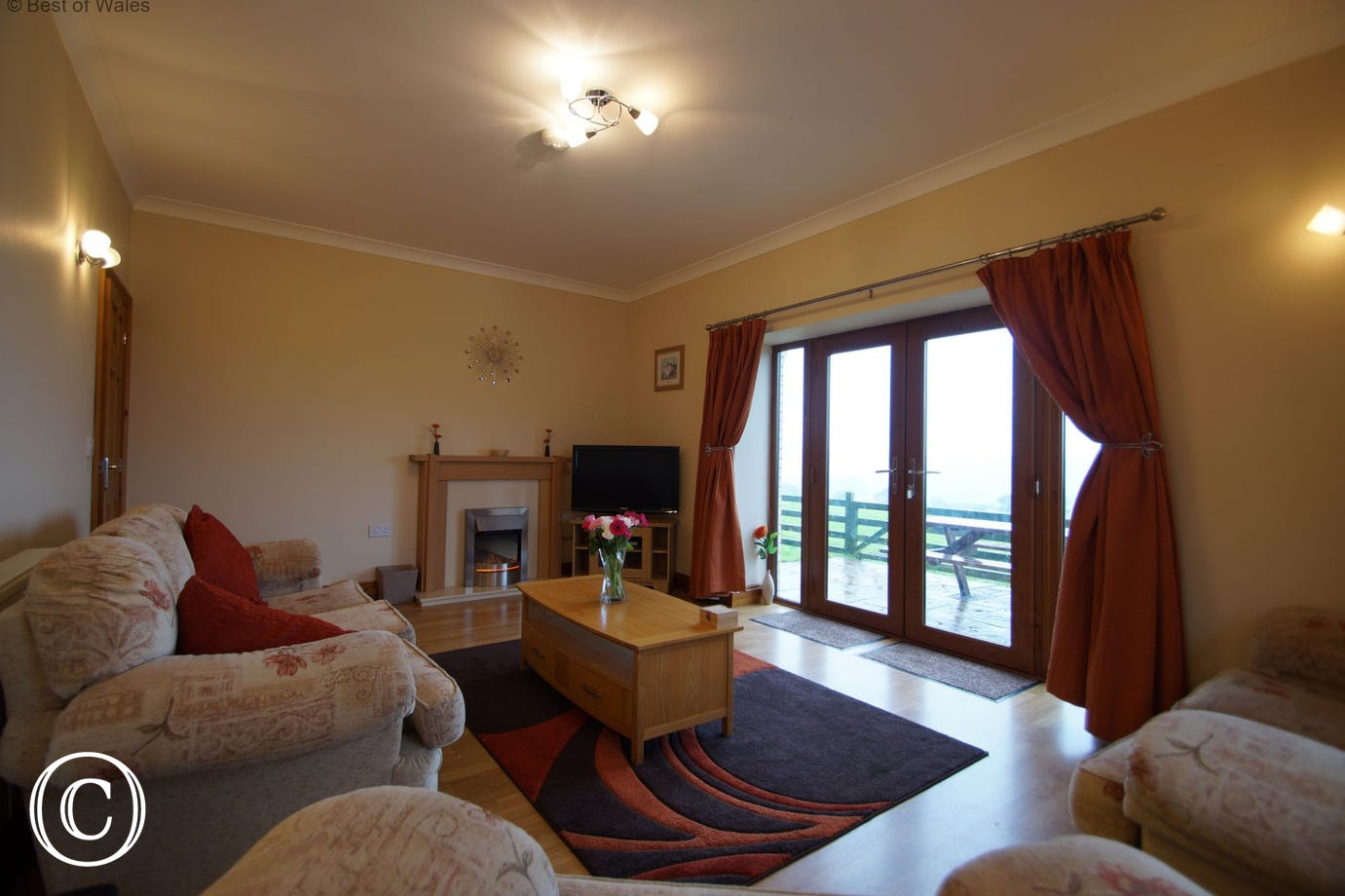 Spacious, comfortable lounge at Blaenenlli holiday cottage Aberystwyth