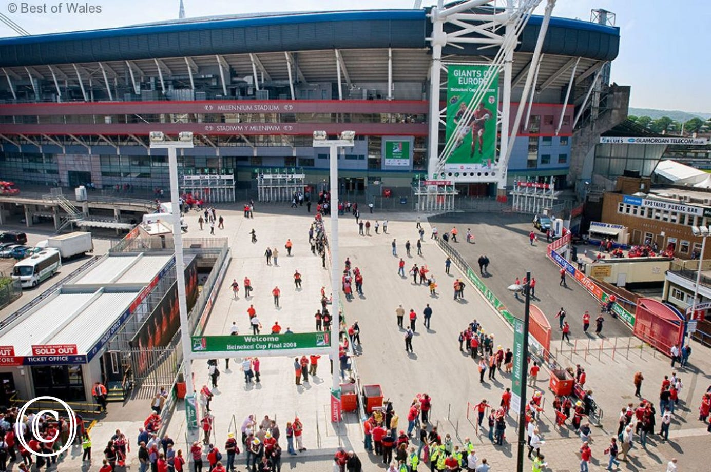 Millennium Stadium within walking distance