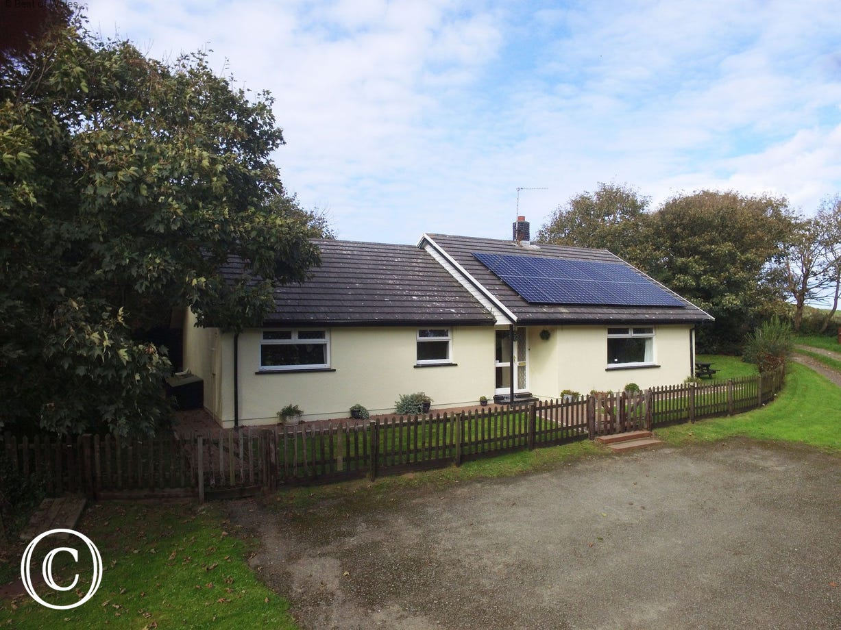 St Davids Self Catering Holiday Cottage - pet friendly
