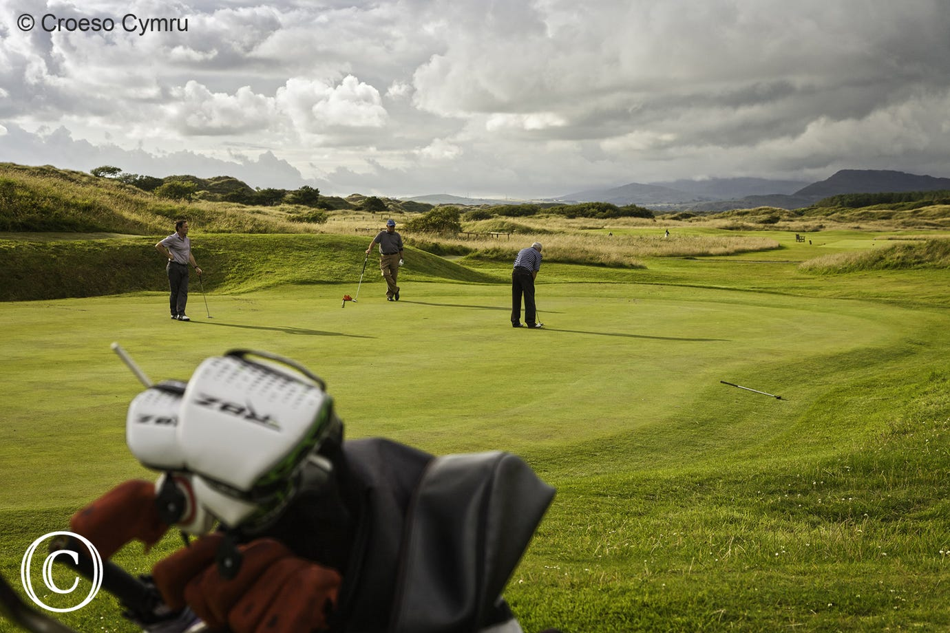 Enjoy a round of golf between the castle and the sea at Harlech