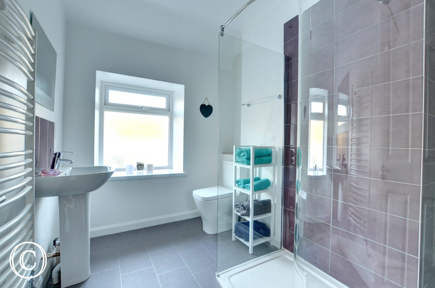 Spacious first floor shower room with modern shower enclosure