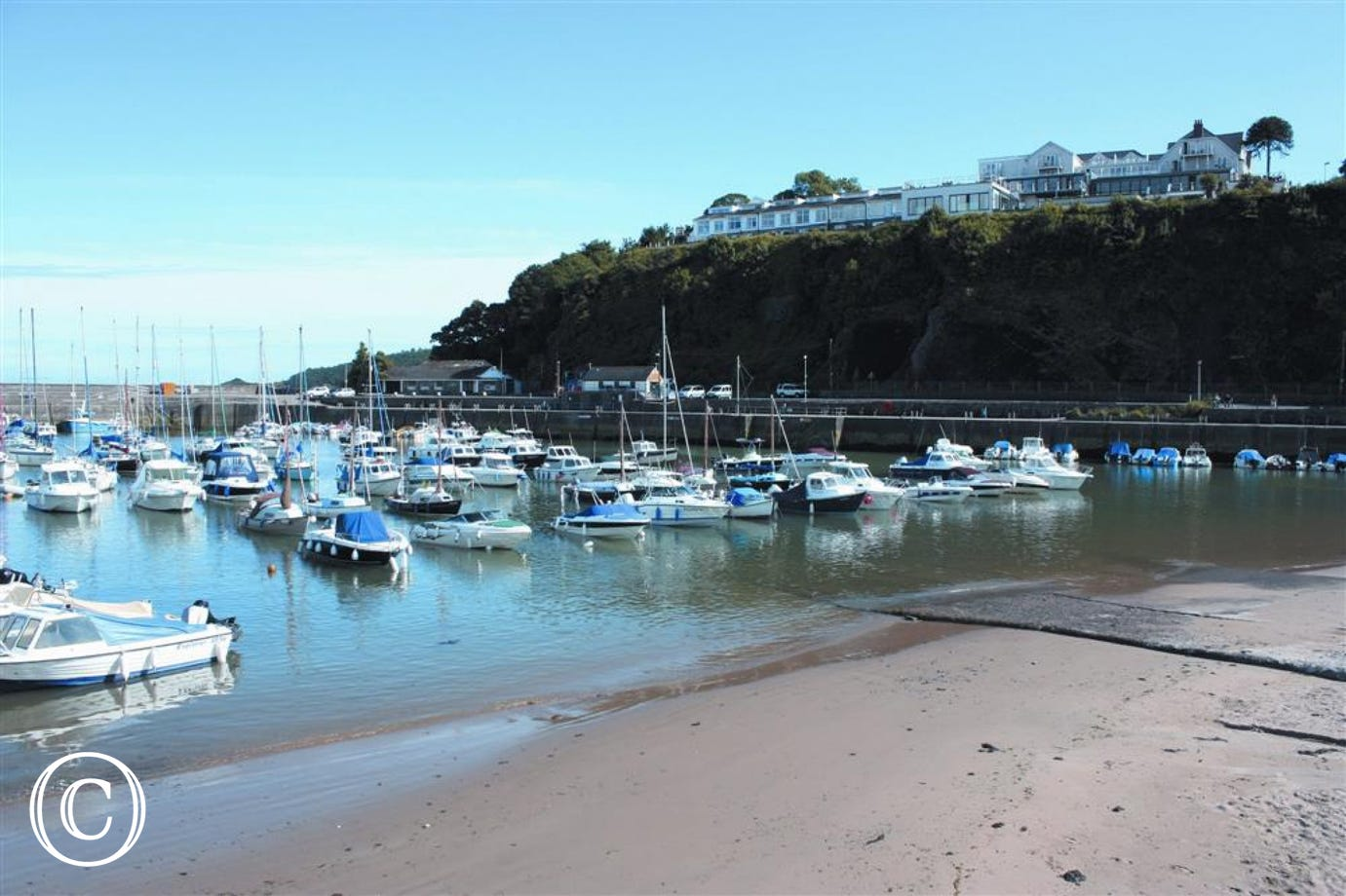 Saundersfoot harbour boats photo