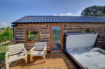 Sensational Cottages With A Hot Tub Or Swimming Pool Wales Cottage Best Image Libraries Thycampuscom