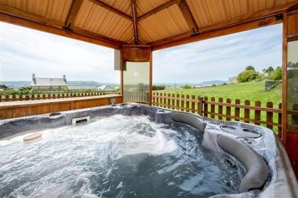 BRYNRE - Hot Tub View 1
