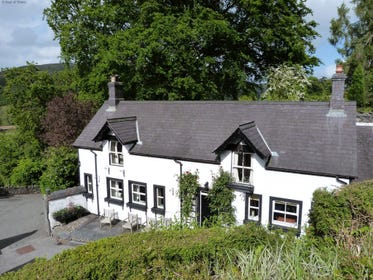 Holiday cottage located between Llangollen, Bala & Betws-y-Coed