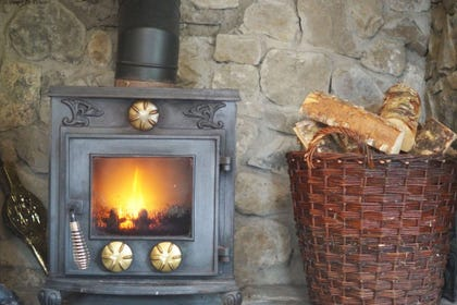 Bwthyn Glyn holiday cottage, South Wales - welcoming woodburner