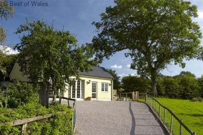 Self Catering cottage in Abergaveny